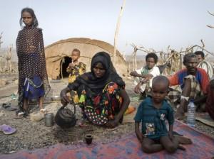 Le donne Afar lottano per la sopravvivenza nel deserto, Etiopia. Credits: OxfamGB